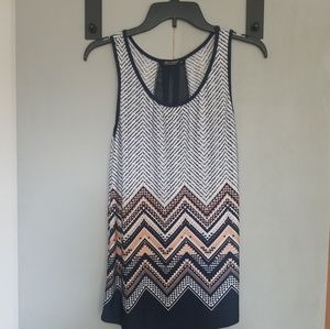Peach and Navy Chevron Patterned Tank Top